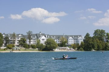 Osthoff Resort | Kayaking on the Lake